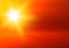 Beau coucher du soleil jaune chaud Photo libre de droits