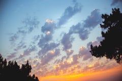 Beau coucher du soleil sur la mer Images stock