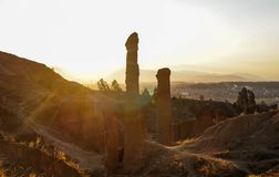 Beau coucher du soleil, vu de Torre Torre, paysage urbain de la ville de Huancayo Junin, Pérou photos stock