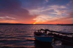 Beau et calme coucher du soleil Photographie stock libre de droits