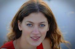Beau et sensuel visage du ` s de femme de brune image libre de droits