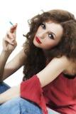 Beau femme aux cheveux longs bouclé de brunette Image libre de droits