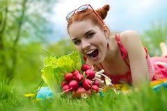 Beau femme avec des légumes Photographie stock libre de droits