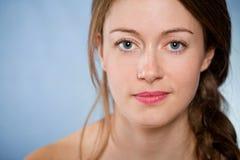Beau femme avec la peau normale Photographie stock libre de droits