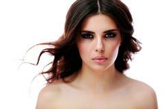 Beau femme avec le long cheveu brun Image stock