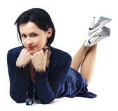 Beau femme dans la robe bleu-foncé Photo stock