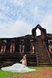 Beau femme dans la robe traditionnelle thaïe Photographie stock libre de droits