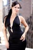 Beau femme espagnol dans la robe noire Photos libres de droits