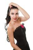 Beau femme sexy portant la robe noire photo stock