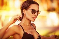 Beau femme sur la plage Photo libre de droits