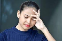 Beau Filipina Juvenile malheureux image libre de droits