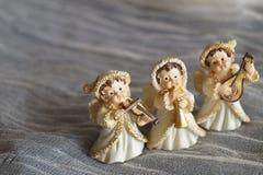 Beau fond de Noël avec des anges images libres de droits