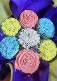 Beau gâteau conçu de tasse Photographie stock
