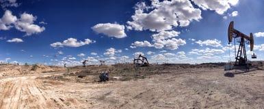 Beau gisement de pétrole Photos stock