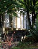 Beau jardin de style Antic de la Grèce Images libres de droits