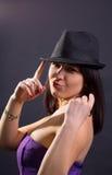 Beau jeune femme sexy dans le chapeau Photographie stock libre de droits