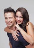 Beau jeune rire de couples Images libres de droits