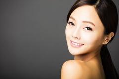 beau jeune visage asiatique de femme Image stock