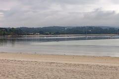 Beau jour nuageux dans une plage photographie stock libre de droits