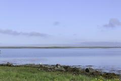 Beau jour par le fjord Image stock