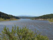 Beau lac de montagne La région centrale du Chili Ressort de nature Images libres de droits