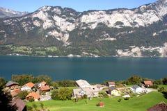 Beau lac Walensee en Suisse Image libre de droits