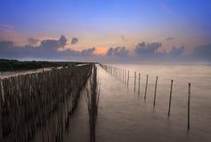 Beau lever de soleil à la place de bangpu, Thaïlande photos stock
