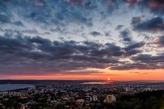 Beau lever de soleil de ville Image libre de droits