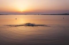 Beau lever de soleil en Grèce Photographie stock libre de droits