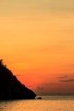 Beau lever de soleil sur la mer tropicale photo libre de droits