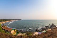 Beau littoral de soleil photos stock