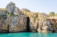 Beau littoral sauvage à la réservation naturelle de Zingaro, Sicile Image stock