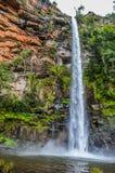 Beau Lonecreek reculé et majestueux ou chutes solitaires de crique, cascade en Sabie Mpumalanga South Africa image libre de droits