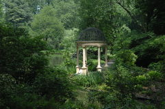 beau longwood de gazebo de jardins Photo libre de droits