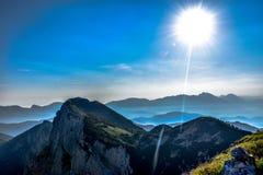 Beau matin étonnant en Julian Alps Images libres de droits