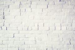 Beau mur de briques peint par blanc Photo stock