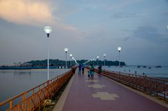 Beau paysage au crépuscule du remblai de mer d'Andaman pour mettre en communication Blair India Photo libre de droits