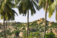 Beau paysage avec de grandes roches, Hampi, Inde image stock