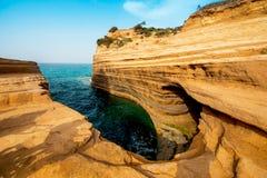Beau paysage avec le canal populaire de falaises du ` A du canal d d'amour Images stock
