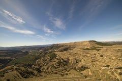Beau paysage ? c?t? du village d'Ares del maestre image stock