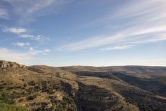Beau paysage ? c?t? du village d'Ares del maestre image libre de droits