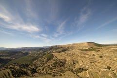 Beau paysage ? c?t? du village d'Ares del maestre images stock