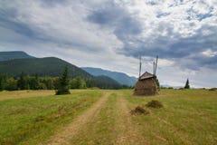 Beau paysage carpathien images libres de droits