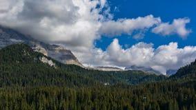 Beau paysage dans les Alpes italiens Photo stock