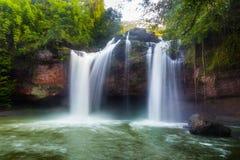 Beau paysage de cascade de Heaw Suwat Images libres de droits