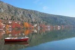 Beau paysage de lac Images stock