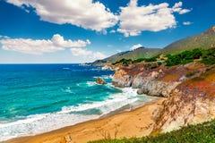 Beau paysage de littoral sur la route 1 de Côte Pacifique aux sud de déplacement de côte ouest des USA vers Los Angeles, la Calif Photo stock