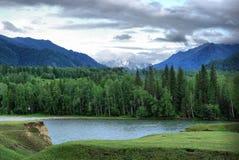 Beau paysage de montagne près du lac montagnes corses de montagne de lac de laque du creno de France de la Corse Genre de terrain photo stock