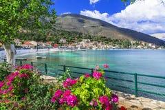 Beau paysage de village scénique de Kefalonia- Agia Efimia Îles ioniennes de la Grèce photo stock