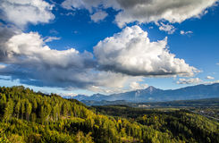 Beau paysage des Alpes d'Austian Photos stock